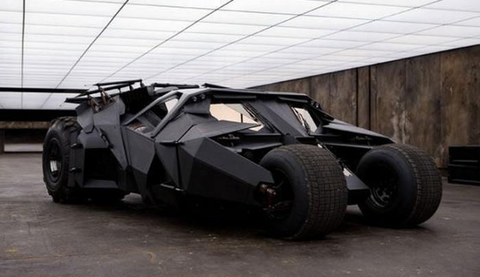 THE DARK KNIGHT (2008) Customized Lamborghini 'Tank'