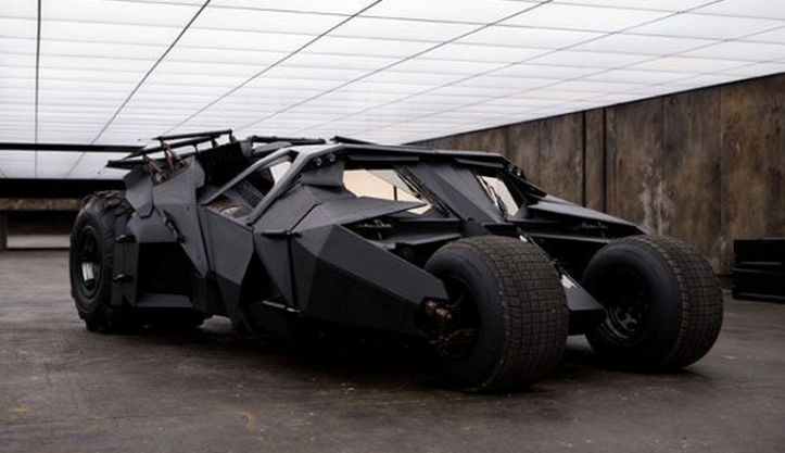 THE DARK KNIGHT (2008) Customized Lamborghini 'Tank'